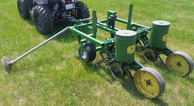 4 Sale John Deere Model 71 Planter 2 Row W Electric Lift